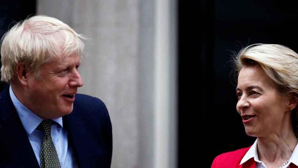Boris Johnson y Ursula von der Leyen, durante una reunión en Londres en enero