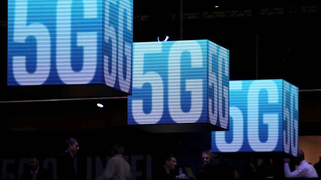 Logos de 5G durante el último Mobile World Congress de Barcelona.
