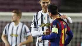 Cristiano Ronaldo y Messi, hablando antes del Barcelona - Juventus de la Champions