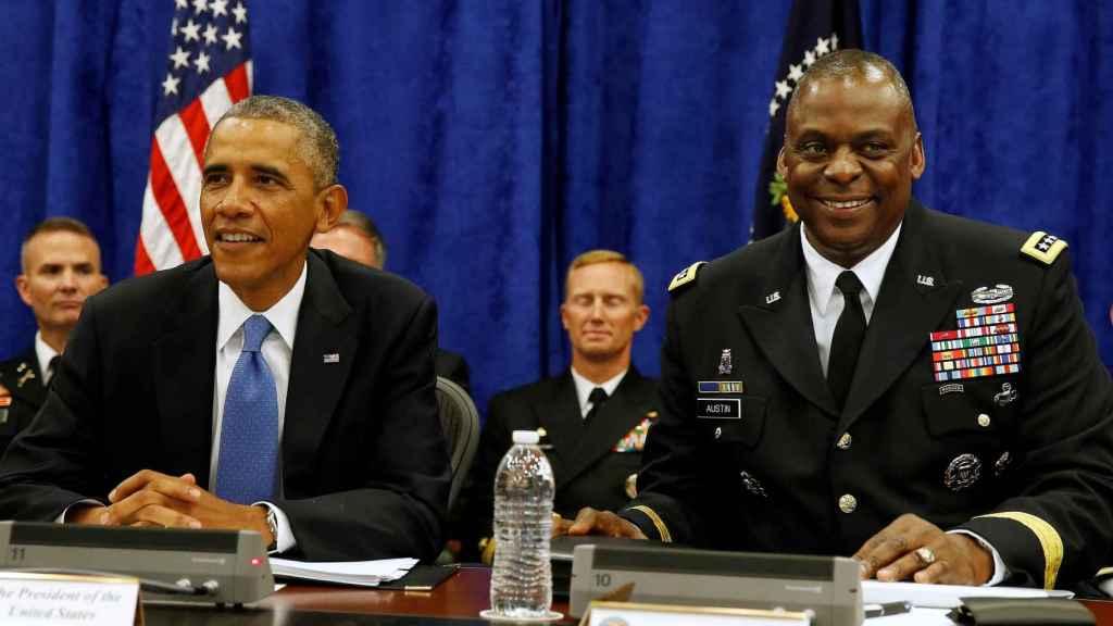 El general Lloyd Austin junto a Barack Obama en una imagen de 2014.