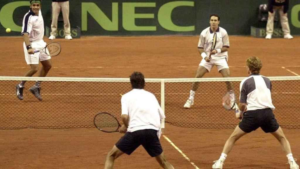 El partido de dobles entre Joan Balcells y Alex Corretja contra Sandon Stolle y Mark Woodforde