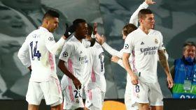 Los jugadores del Real Madrid celebran un gol al Borussia