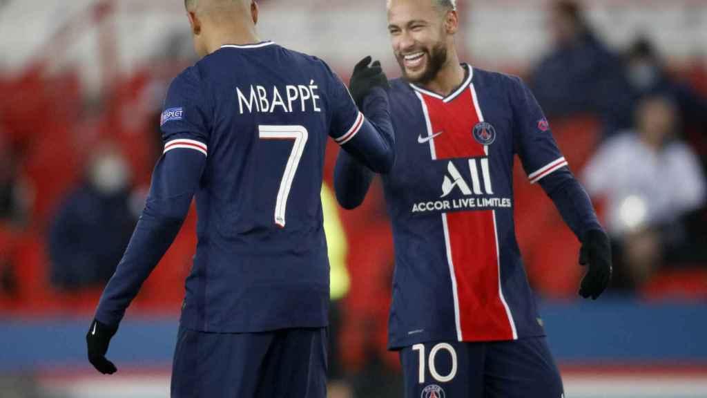 Mbappé y Neymar con el PSG