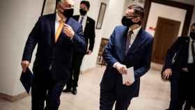 Viktor Orban y Mateusz Morawiecki, durante una reunión en Budapest