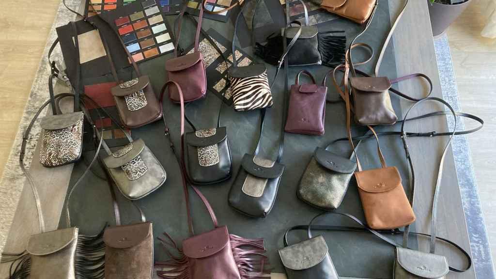 Todos los diseños están elaborados con pieles de calidad y diseños propios.