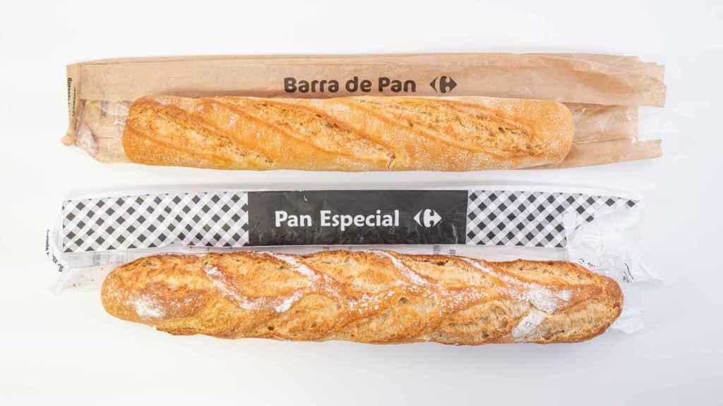 Arriba, barra de pan con masa madre de Carrefour; abajo, barra de pan clásica.