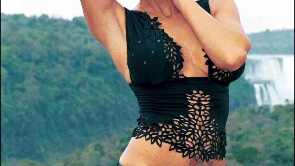 La modelo argentina fue todo un icono de la moda en los 90.