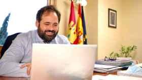 Paco Núñez se ha reunido telemáticamente este jueves con colegios concertados, centros especiales y padres de alumnos