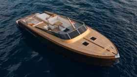 El Heritage 9.9 está hecho de madera y fibra de carbono.
