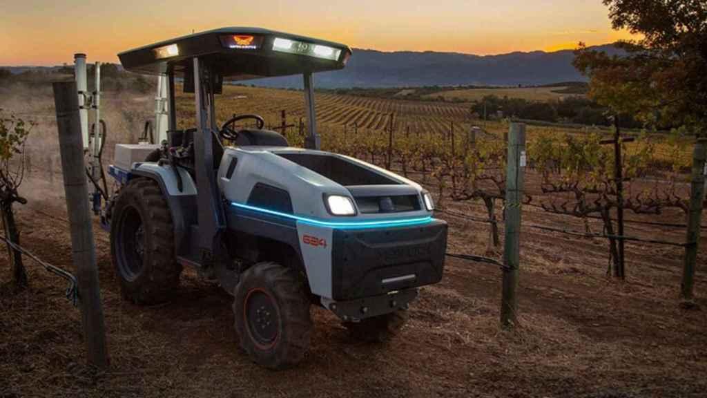 Monarch Tractor, el tractor completamente eléctrico más inteligente del mundo.