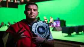 Rapder, campeón internacional de la Red Bull Batalla de los Gallos 2020