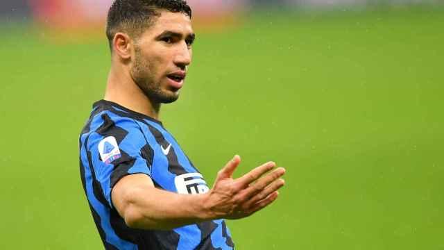 Achraf Hakimi celebra un gol con el Inter de Milán en la temporada 2020/2021