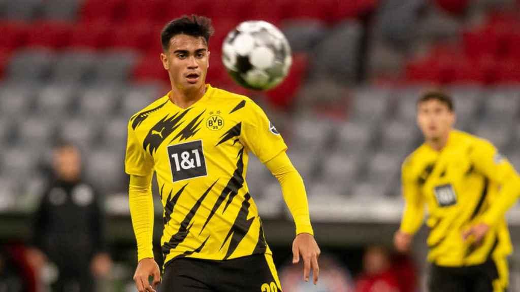 Reinier durante un partido del Dortmund