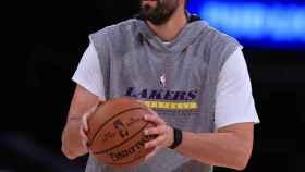 Marc Gasol calentando con Los Ángeles Lakers. Foto: Twitter (@Lakers)