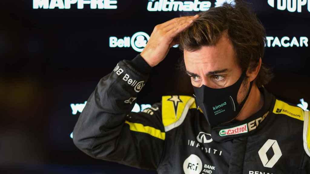 Fernando Alonso, con el mono de Renault F1