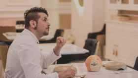 El chef Carlos Maldonado en su restaurante 'Raíces'