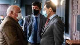 Aguirre con Marín y Moreno en una imagen del último Consejo de Gobierno