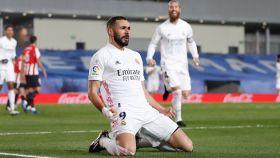 Benzema celebra un gol con el Real Madrid en La Liga