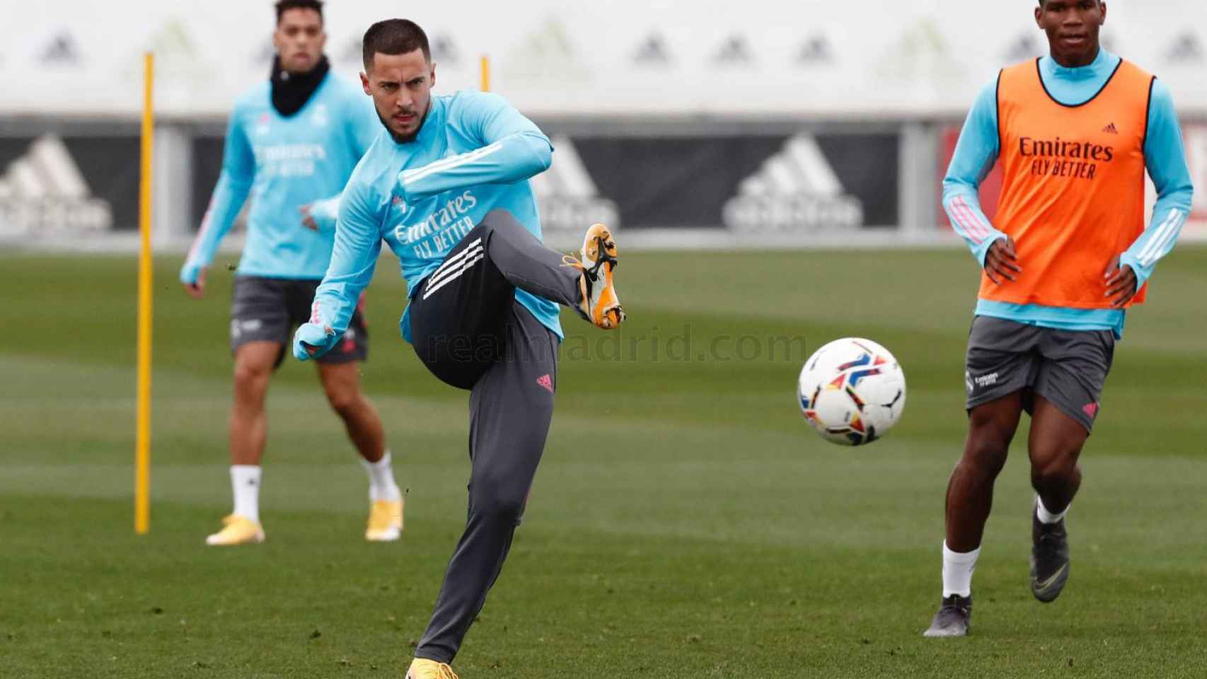 Hazard entrena con el Real Madrid