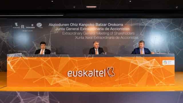 Imagen de la Junta extraordinaria de accionistas de Euskaltel celebrada en 2020