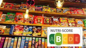 La estantería de un supermercado repleta de cereales.