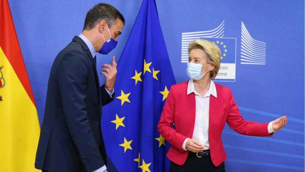 Pedro Sánchez, presidente del Gobierno, y Úrsula von der Leyen, presidenta de la Comisión Europea.