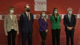 Ana Martínez-Pina, Rodrigo Buenaventura, Nadia Calviño, Montserrat Martínez y Sebastián Albella en el acto de relevo de la cúpula de la CNMV.
