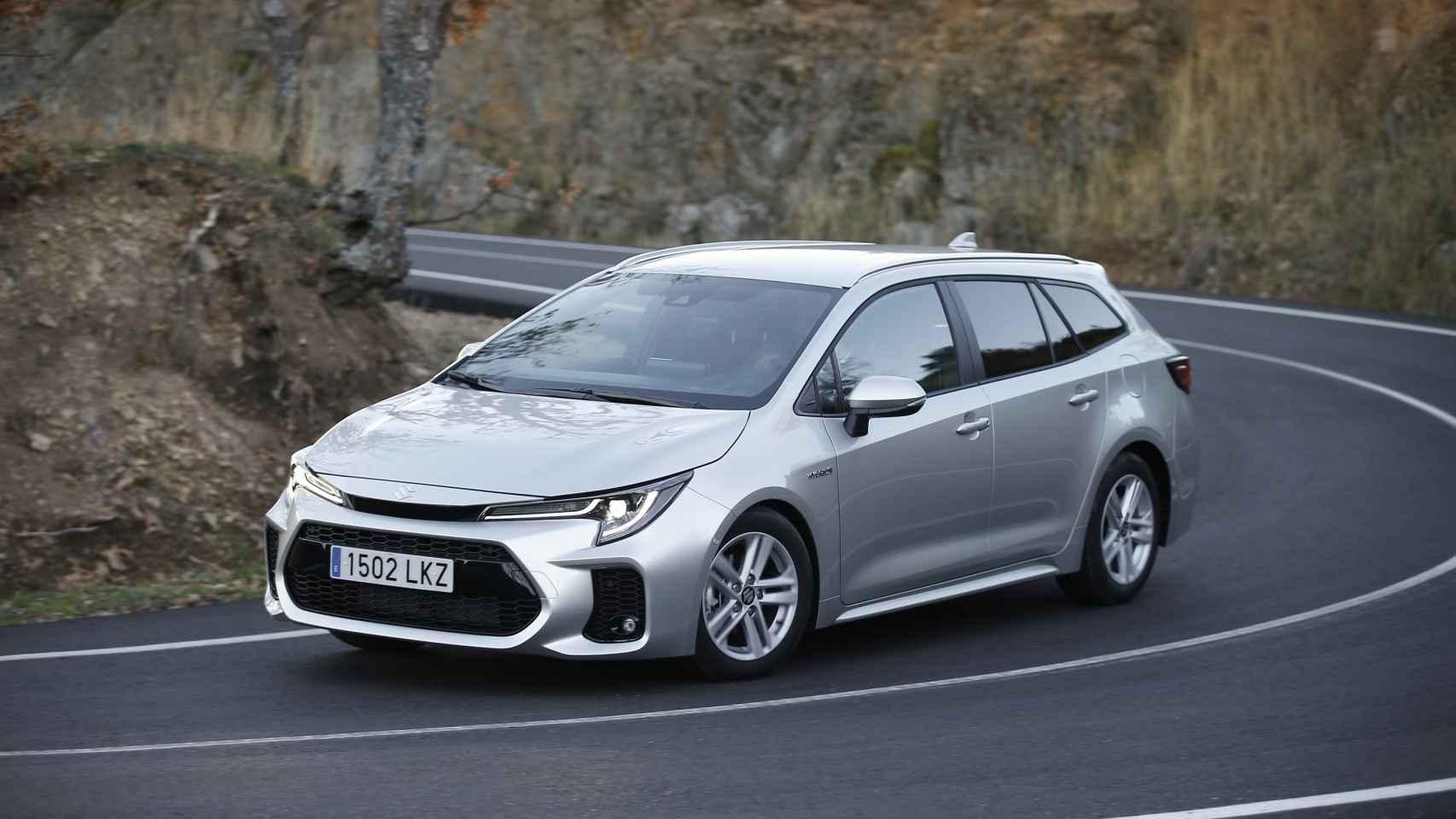 Suzuki Swace 2021: todas las fotos de este compacto familiar híbrido desarrado con Toyota