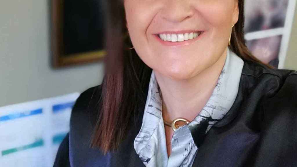 Carmen Romero.