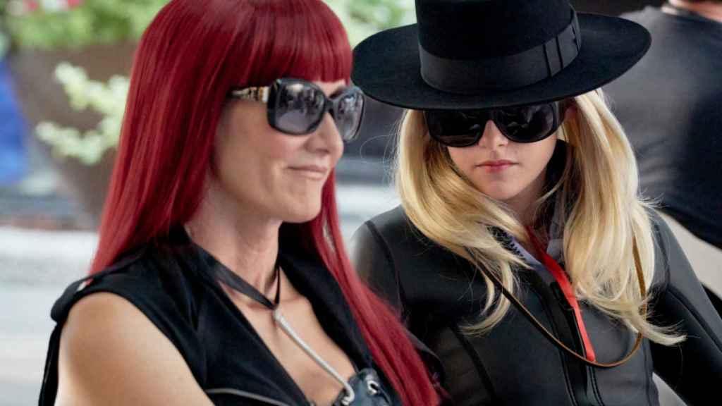 Kristen Stewart y Laura Dern en 'J.T. LeRoy: engañando a Hollywood'.
