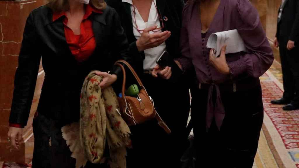 Calviño, Ribera y Montero, en los pasillos del Congreso.
