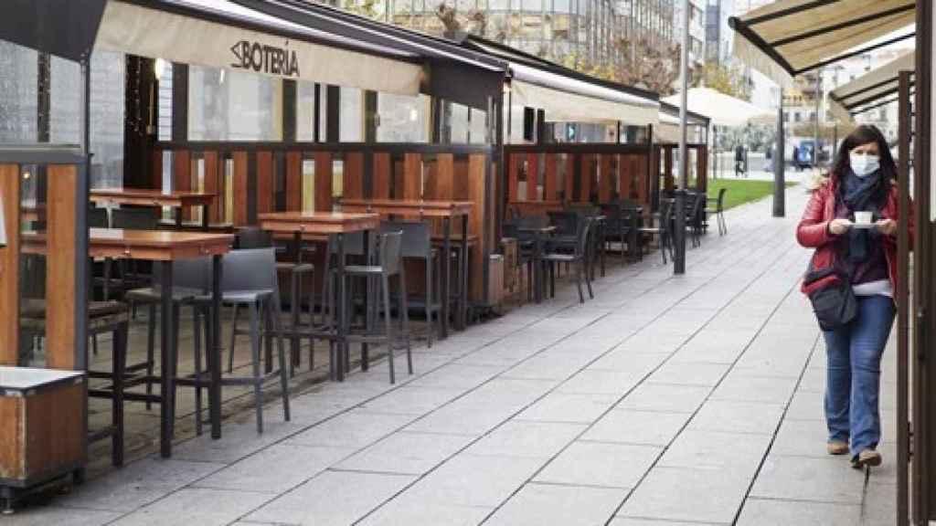 Terrazas en un bar de Pamplona a 17 de diciembre de 2020.