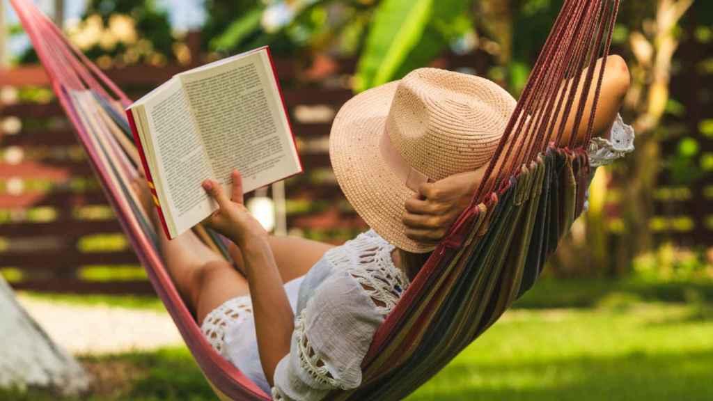 Ideas y productos para regalar a los amantes de la lectura
