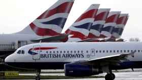 Varios aviones de British Airways, en la terminal 5 del aeropuerto de Heathrow, en Londres.