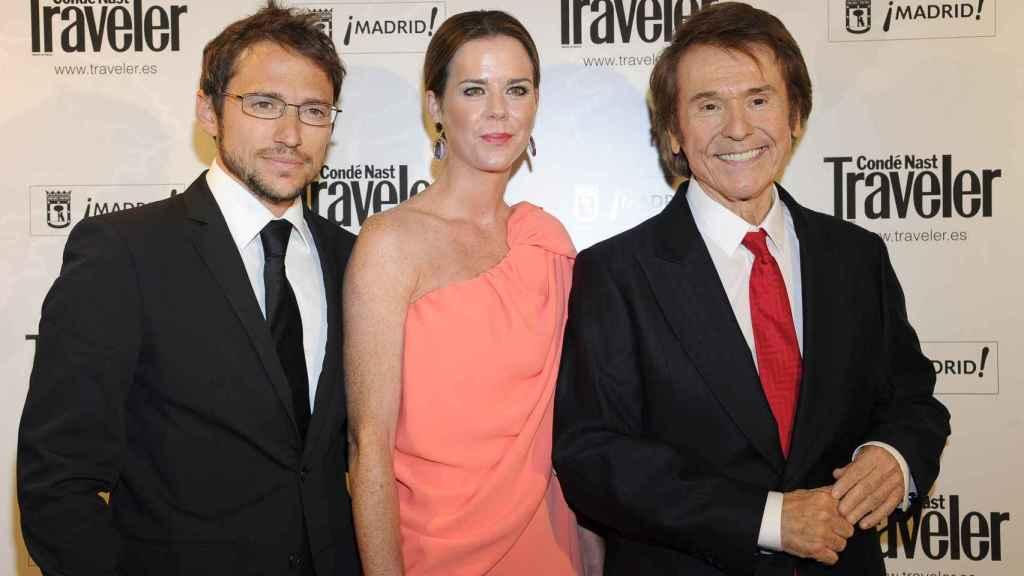 Manuel Martos, Ana Bono y Raphael.
