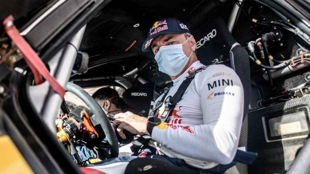 Carlos Sainz en su Mini del Dakar 2021