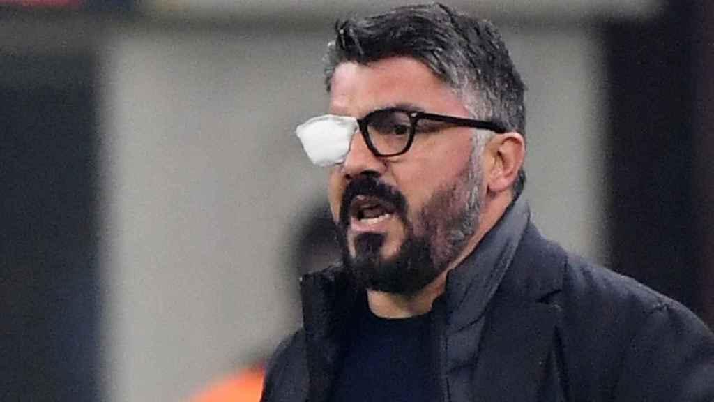 Gennaro Gattuso, con un parche en el ojo, durante un partido del Nápoles