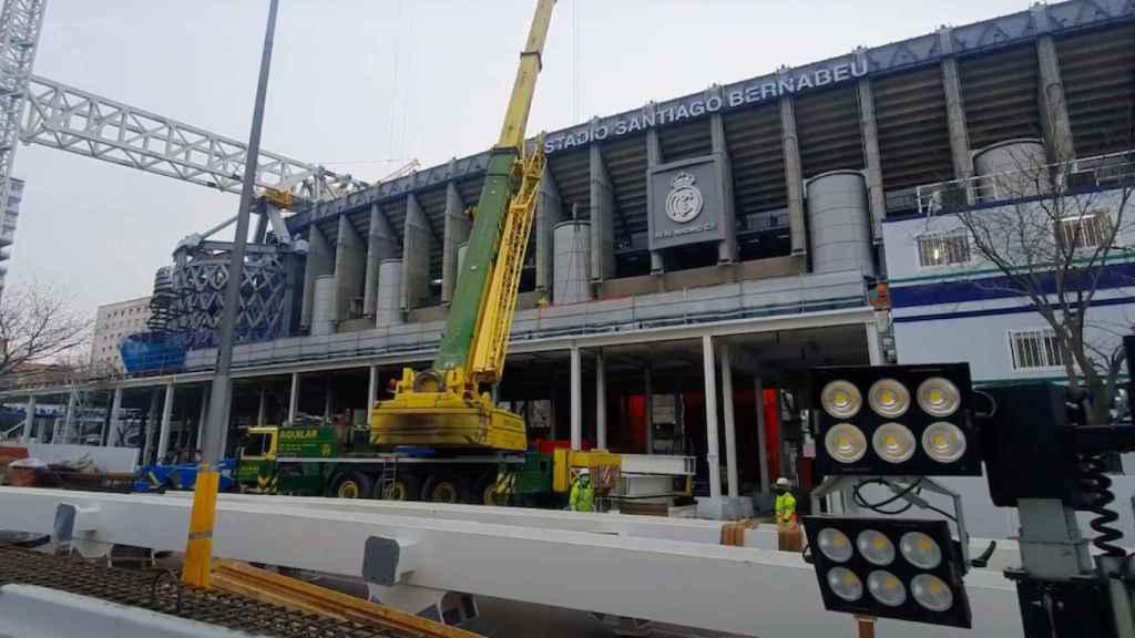 Exterior de las obras del estadio Santiago Bernabéu