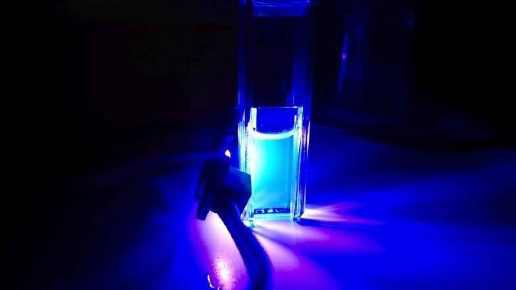 Luz ultravioleta del proyecto de la UPM.