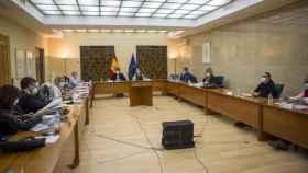 La mesa del Diálogo Social reunida para la negociación del SMI.