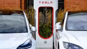 Un cargador de Tesla en una imagen de archivo.