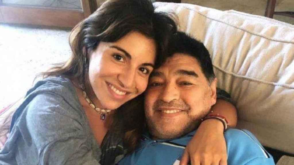 Giannina Maradona junto a su padre, Diego Maradona