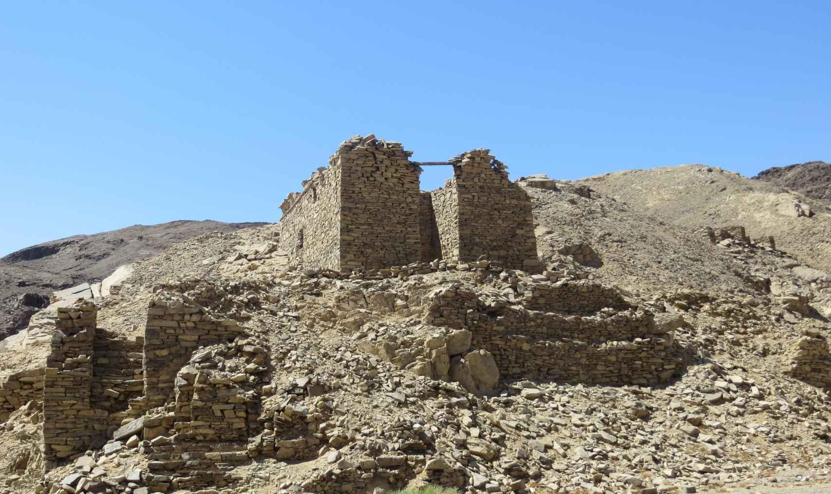 Vista de otro de los templos. Antes de las excavaciones se pensaba que esta estructura era un edificio administrativo.