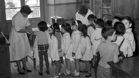 Vacunación de la viruela en Madrid en 1961.