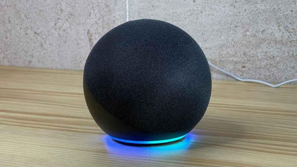 Altavoz Amazon Echo de Alexa.