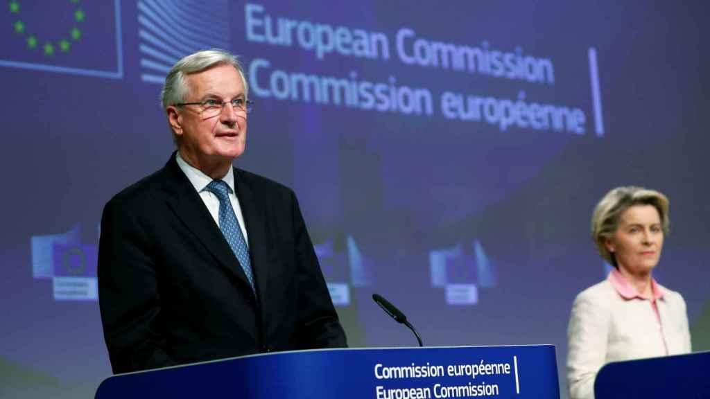 Ursula von der Leyen y Michel Barnier, durante la rueda de prensa en la que anunciaron el acuerdo con Reino Unido.