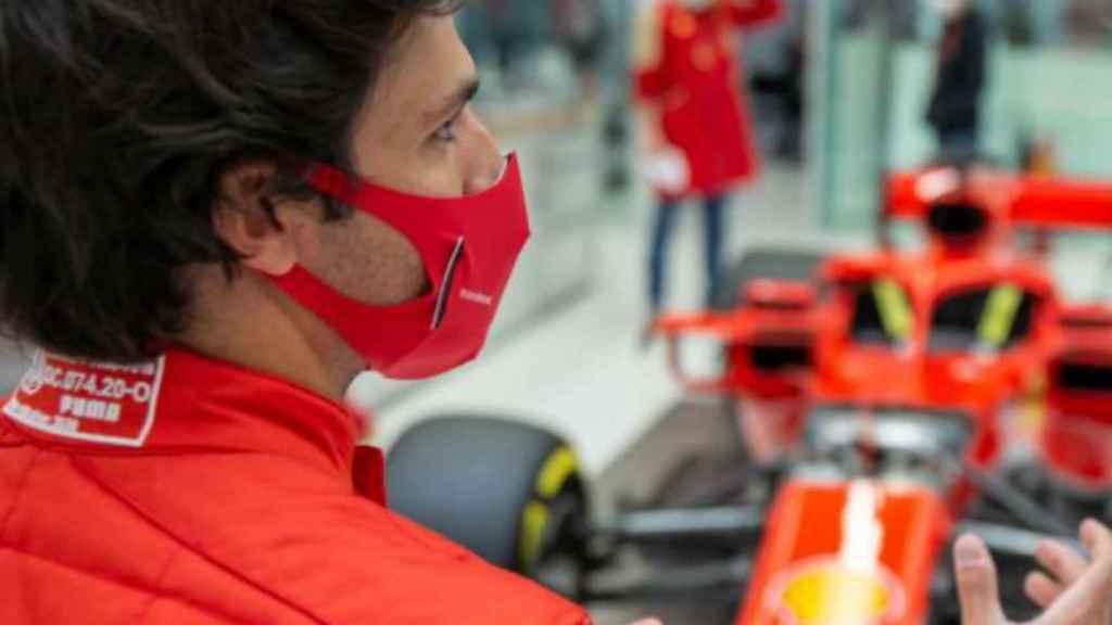 Carlos Sainz Jr. durante su primer día con Ferrari