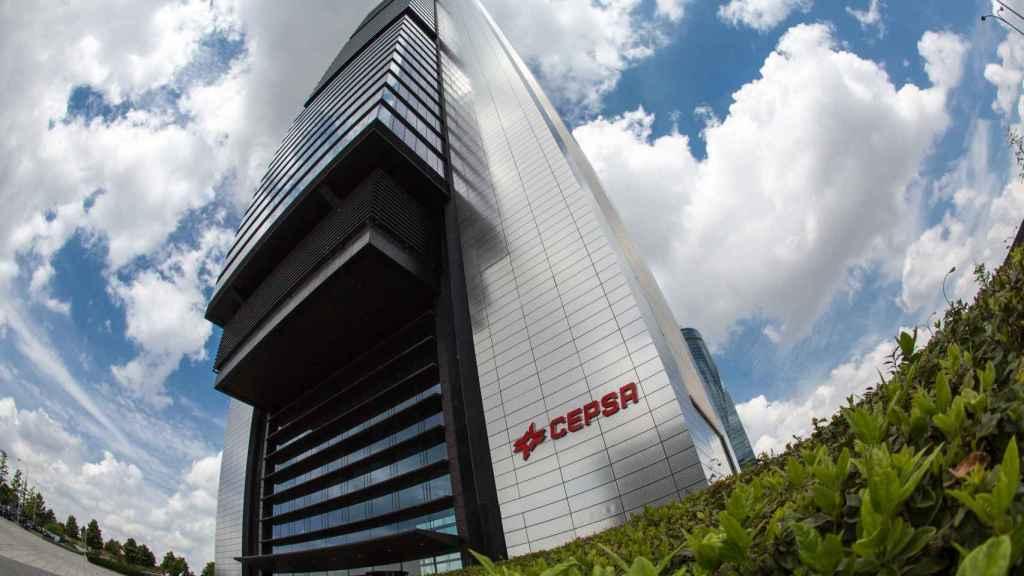 El edificio de oficinas Torre Cepsa de Madrid.