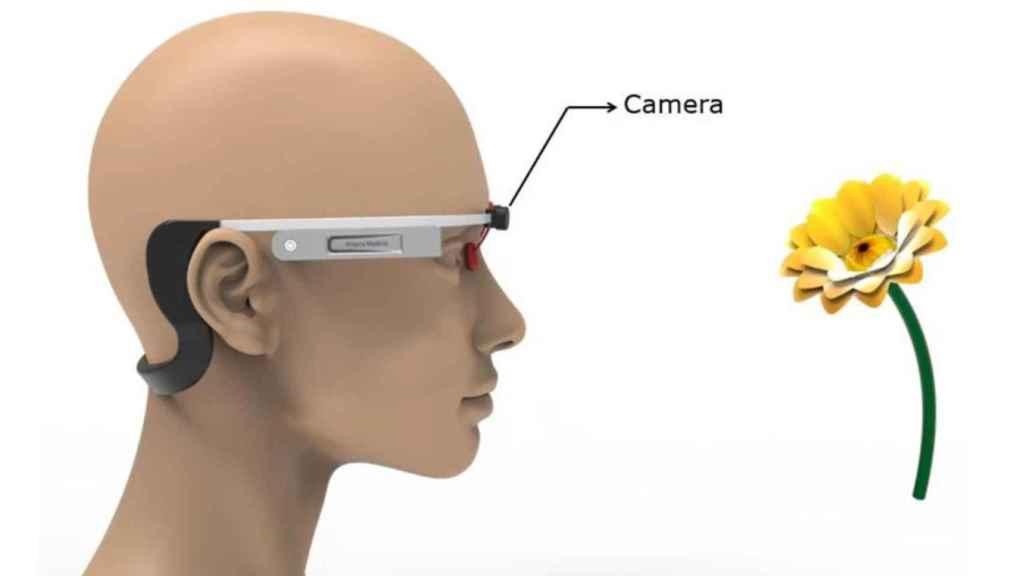 Este dispositivo similar a las Google Glass estimula el olfato y sirve como terapia para la demencia.