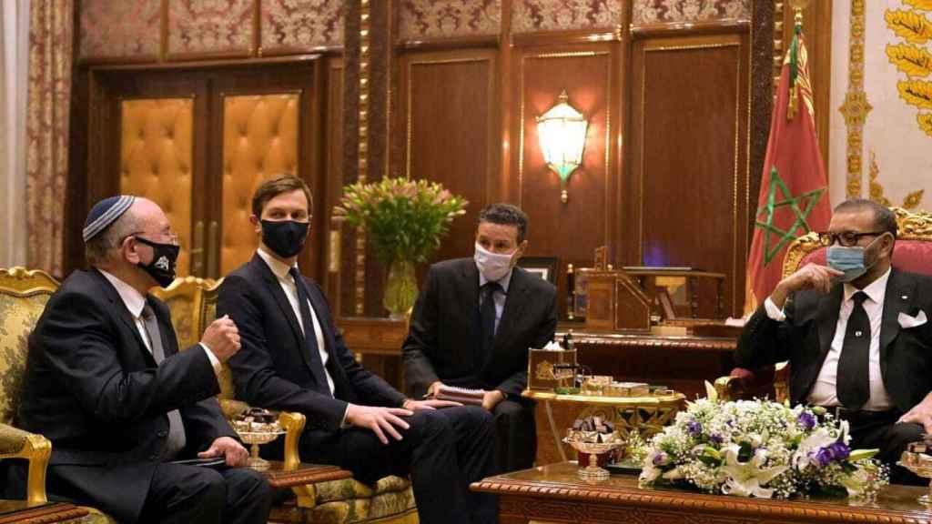 Reunión entre los representantes de Israel, Marruecos y Estados Unidos.
